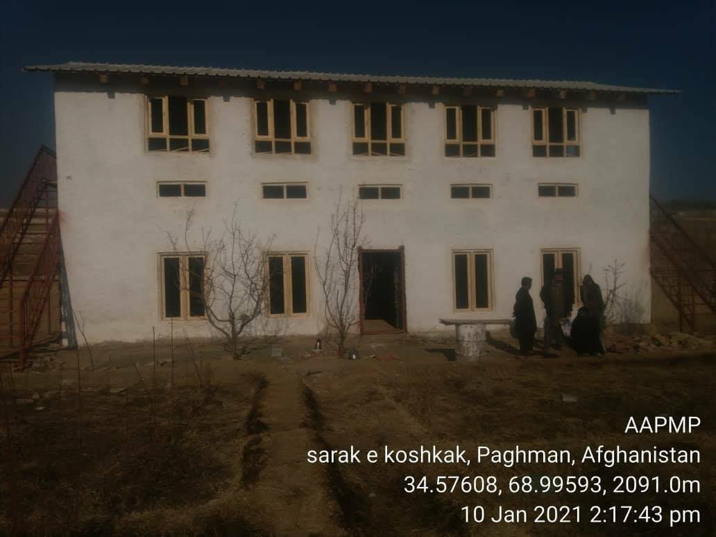 In financial year 1399, atotal of 64 zero energy storeges have been built in Kabul to maintain apples .