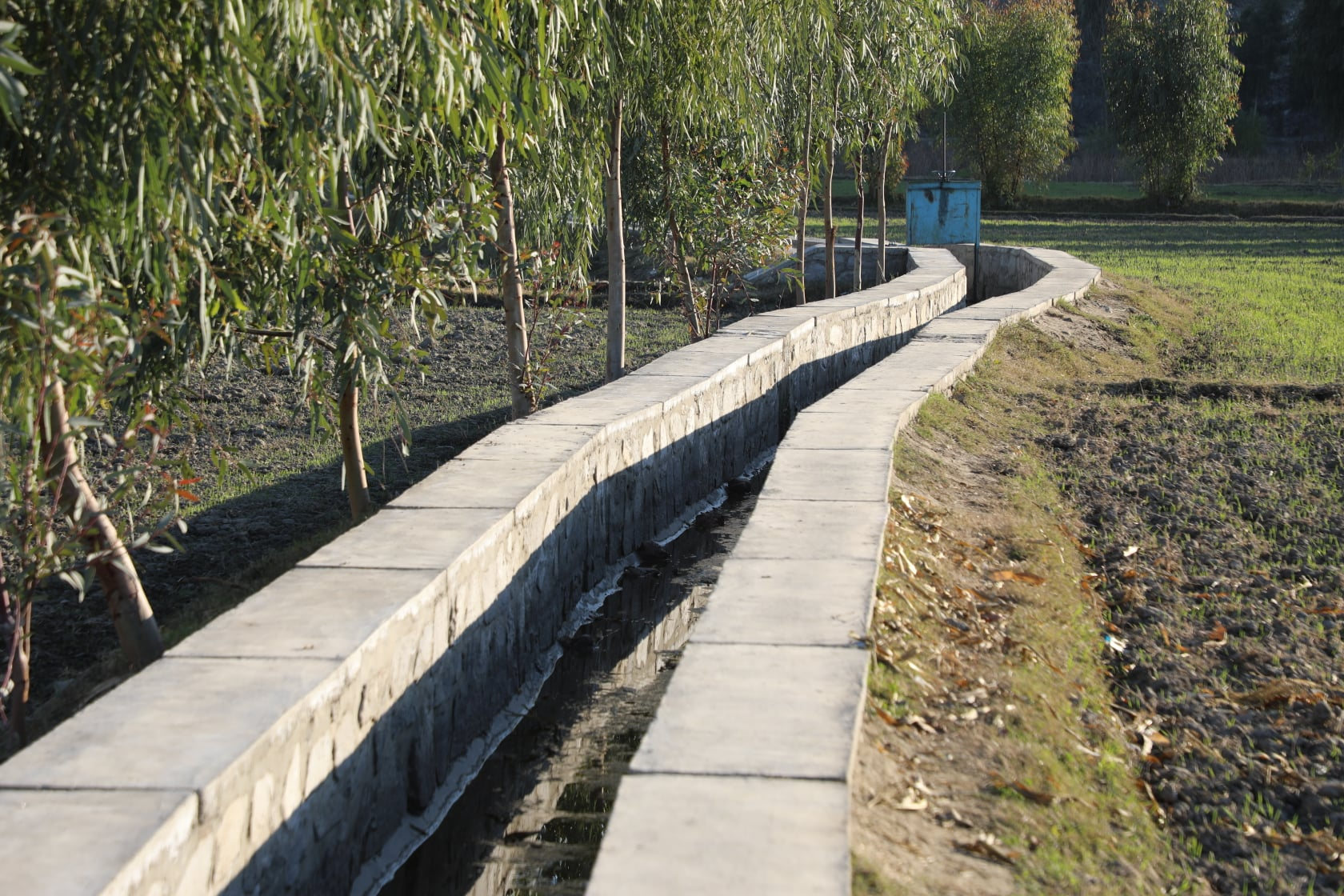 Irrigation canals built by the  Ministry of Agriculture in Nangarhar narrated by picture.
