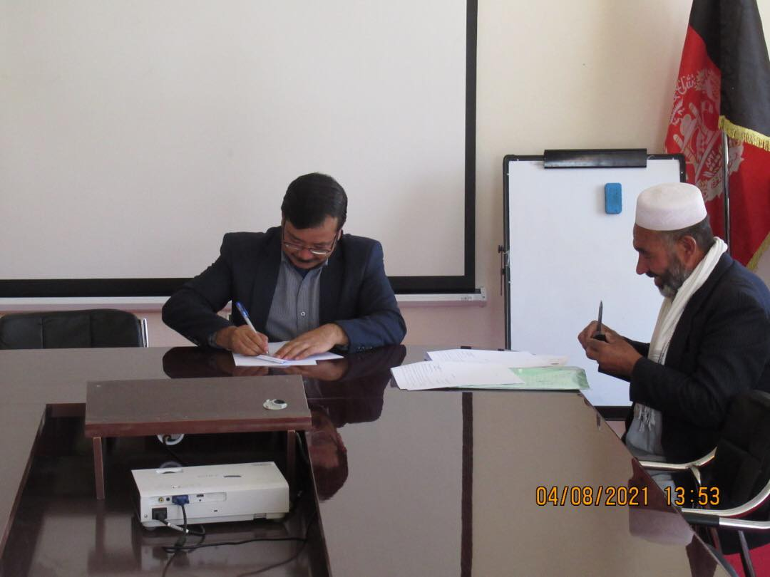 Contract of two Agricultural Projects Worth more than three Million AFN signed in Bamyan